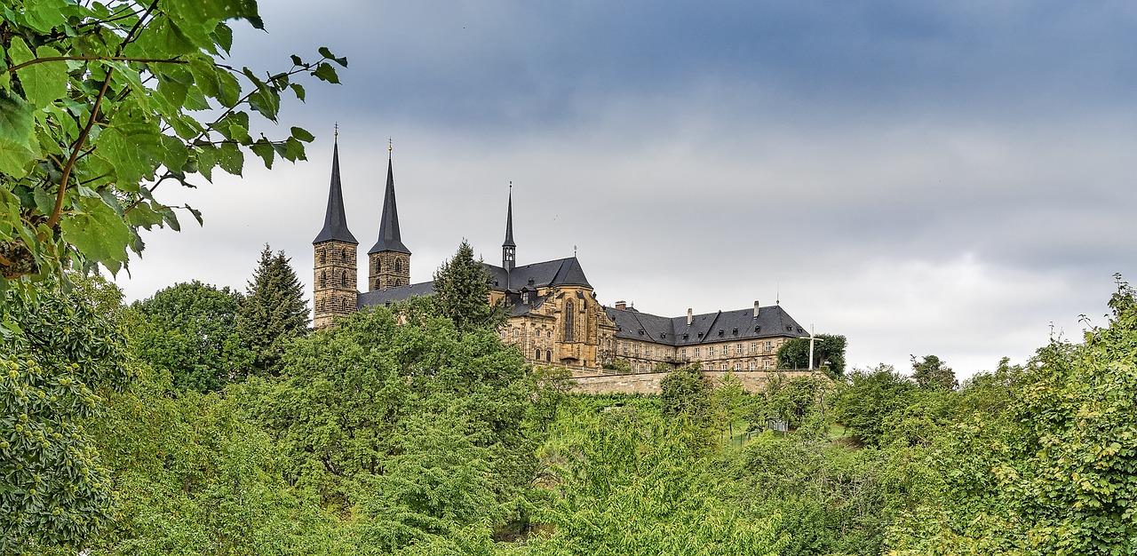 Quelle: https://pixabay.com/de/burg-schloss-mittelalter-bamberg-962150/
