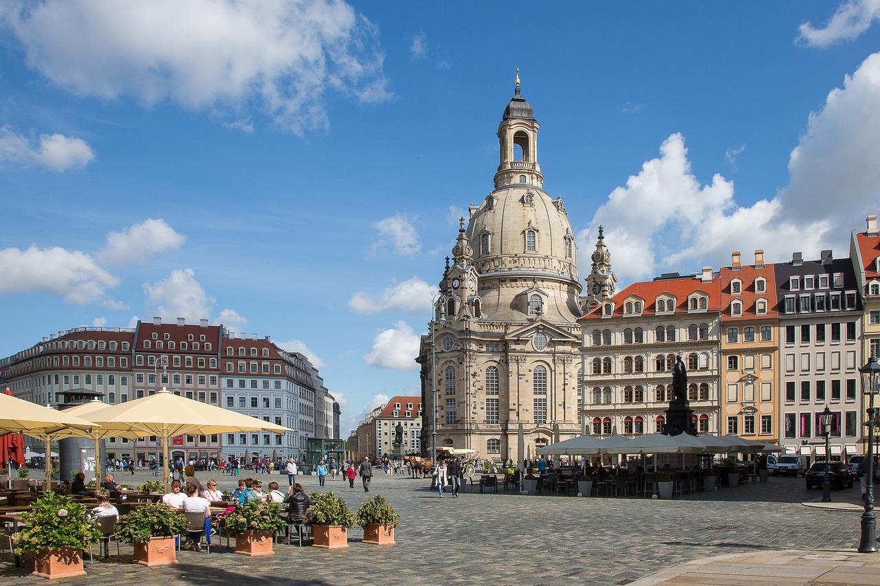 Quelle: https://pixabay.com/de/dresden-frauenkirche-kirche-1055063/