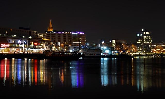 Kiel bildet den Endpunkt der meist befahrensten künstlichen Wasserstraße weltweit