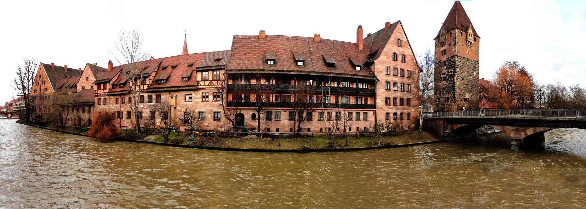 Quelle: https://pixabay.com/de/n%C3%BCrnberg-altstadt-mittelalter-542520/