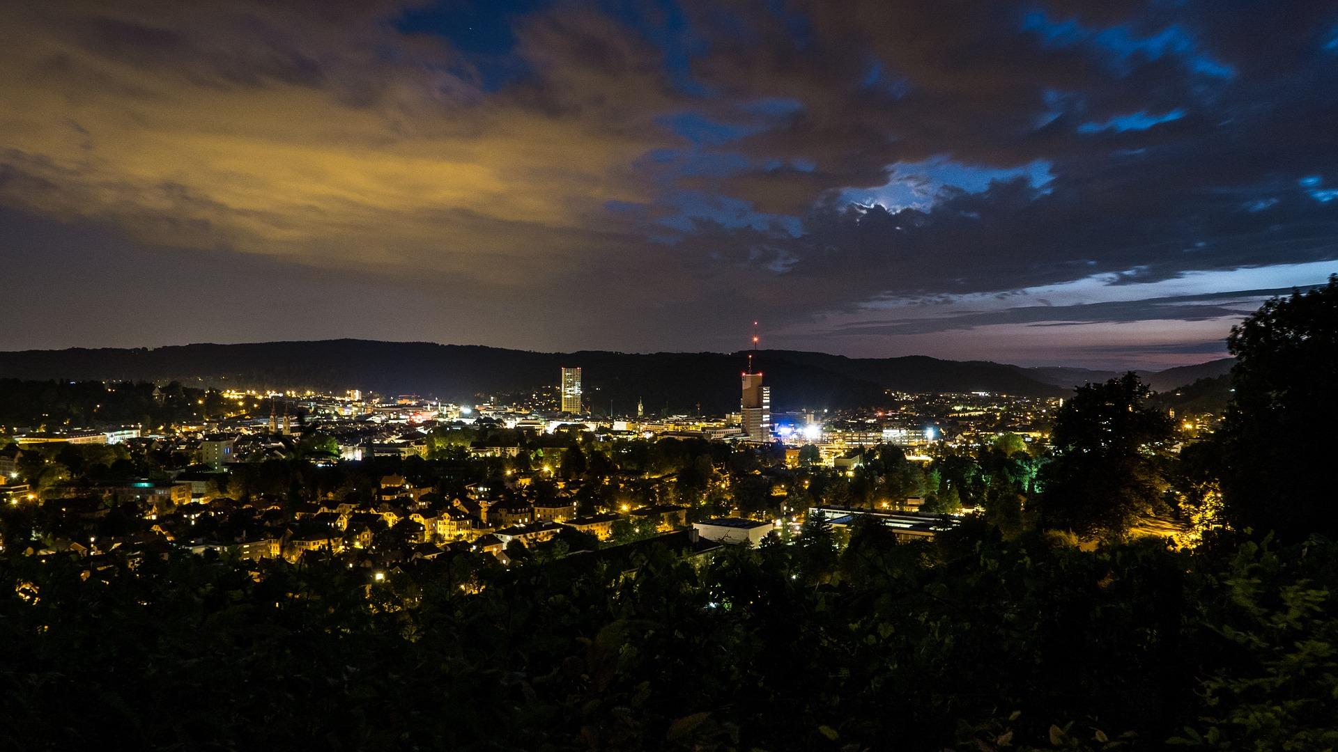 Winterthur bei Nacht, Schweiz